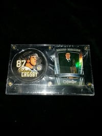 Pitsburgh penguin sydney Crosby puck and card