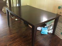 Great deal ! Dining room table Toronto, M8X