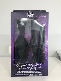 Mini flatiron ( curls too ) w detangler brush  Fairfield, 06825