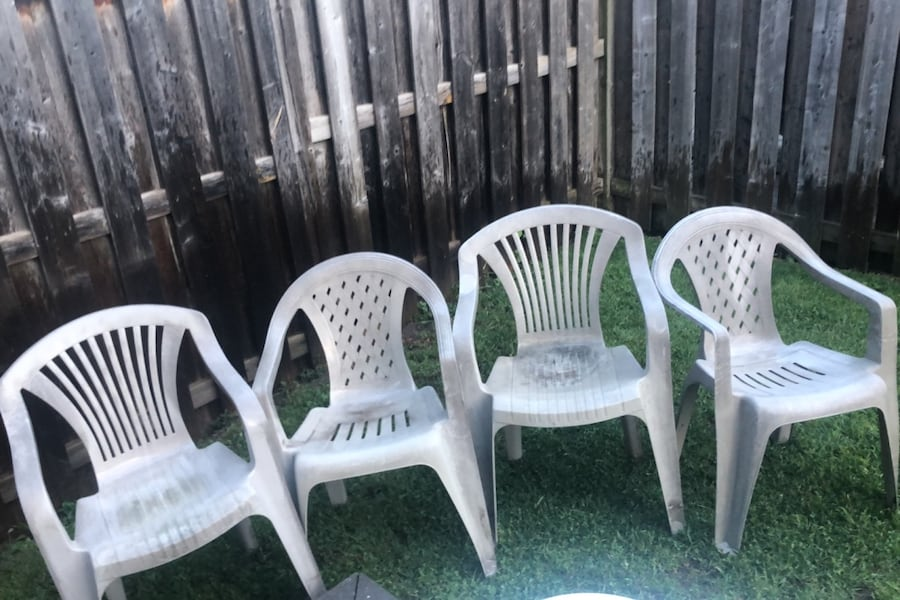 Outdoor chairs 888fe614-4569-41b3-acf3-1d7aa73f131a