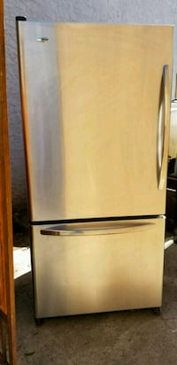 Stainless steel refrigerator w/ice maker  Los Angeles, 90019