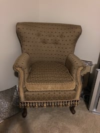 Green/Gold fabric sofa chair Vancouver, 98662