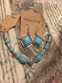 blue and silver beaded necklace Lincoln, 68512