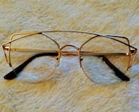 Gold framed fashion eyewear Suitland-Silver Hill, 20746