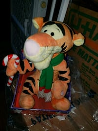 Tigger Christmas decorations it moves and sings ne Frederick