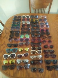 assorted color sunglasses in case Bakersfield, 93306