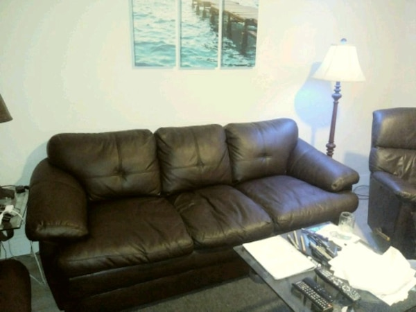 3 pc. Living room set (NEXT TO NEW)
