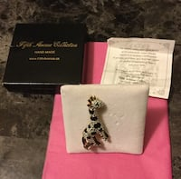 "Austrian  Crystal ""Jerome ""the Giraffe brooch( never worn ) retail value $49.00.. no holds London, N6J 2V9"