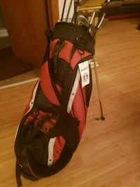 Golf bag (clubs NOT included)  589 mi