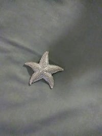silver-colored starfish pendant Louisville, 40203