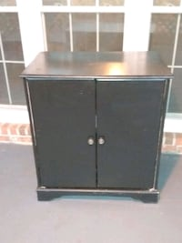 Dog/cat chest cabinet