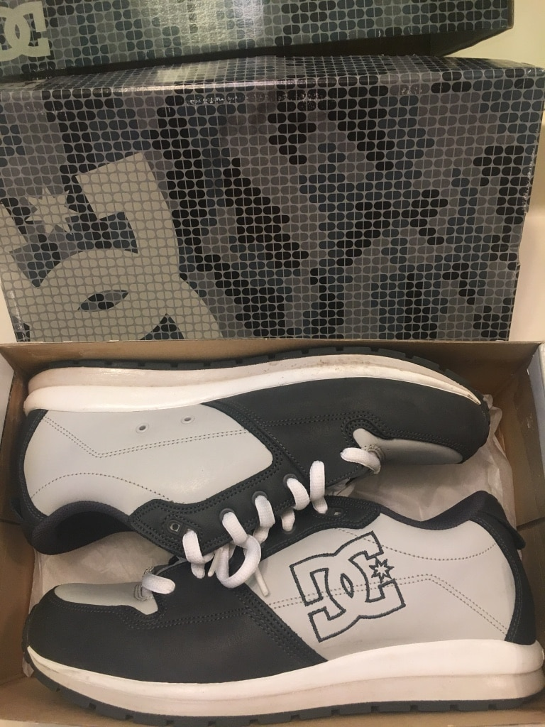 Photo DC Shoes sz 11 trade snacks or sell!