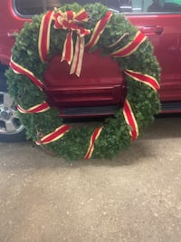 Large outdoor christmas wreath, 4'6x4'6""