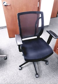 Office chairs brand new and hydraulic desks Toronto, M3A 2J4