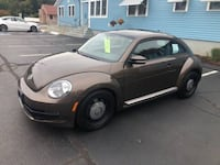 2012 VOLKSWAGEN BEETLE, LEATHER, FWD- MILES: 130359 Coventry