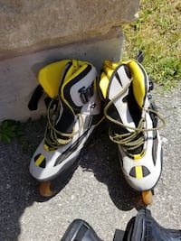 Men's rollerblades with wrist guards  Vaughan, L4J 0G1