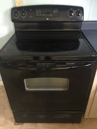 black induction range with oven La Vergne, 37086