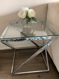 Glass side table (3) Los Angeles, 90038