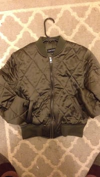quilted black zip-up jacket Anchorage, 99567