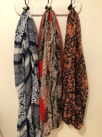 Scarfs (2 infinity and one regular) 20 for all 3 Milton, L9T 0B3