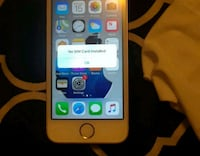 IPhone SE 32GB TRACFONE GREAT CONDITION