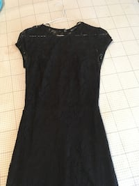 women's black lace cap-sleeved dress Montréal, H2V 3J8