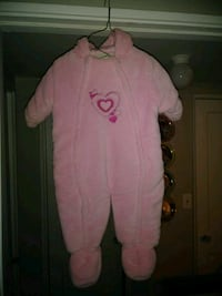 Girls pink snow suit Lincoln, 68506