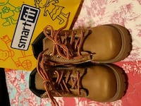 Almost Brand new Smartfit boots, boys size 7 Calgary, T3E 2T5