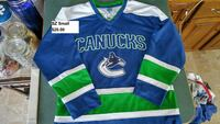 Vancouver canucks burrows adult sz small