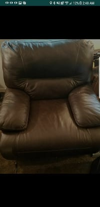 black leather recliner screenshot Lodi, 95240