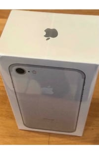 iPhone 7 128GB Silver - New (Sealed)  London, NW1 0QT