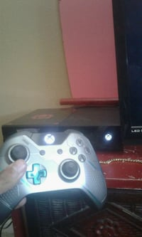 xbox one 500 gb with hundred dollar remote Modesto, 95355
