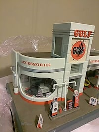 white GUlf plastic playset toy Wellford, 29385