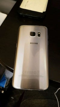 gold Samsung Galaxy android smartphone Burnaby, V5E 1N6