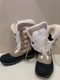 USED Kamik women's 9 winter boots Mississauga, L5J 1L6