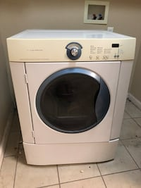 white and gray front-load clothes washer 2346 mi