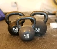 Kettle bell set, must be picked up... Bronx, 10462