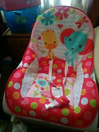 baby's multicolored bouncer Delhi, 95315