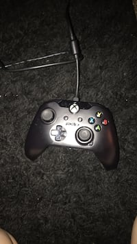 xbox 1 wired controller   Tulsa, 74133