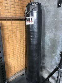 For sale, used kickboxing bag, made of thick leather, weighs about 100lbs. Located in Burlingame. Great for practicing at home or setting it up at a gym.