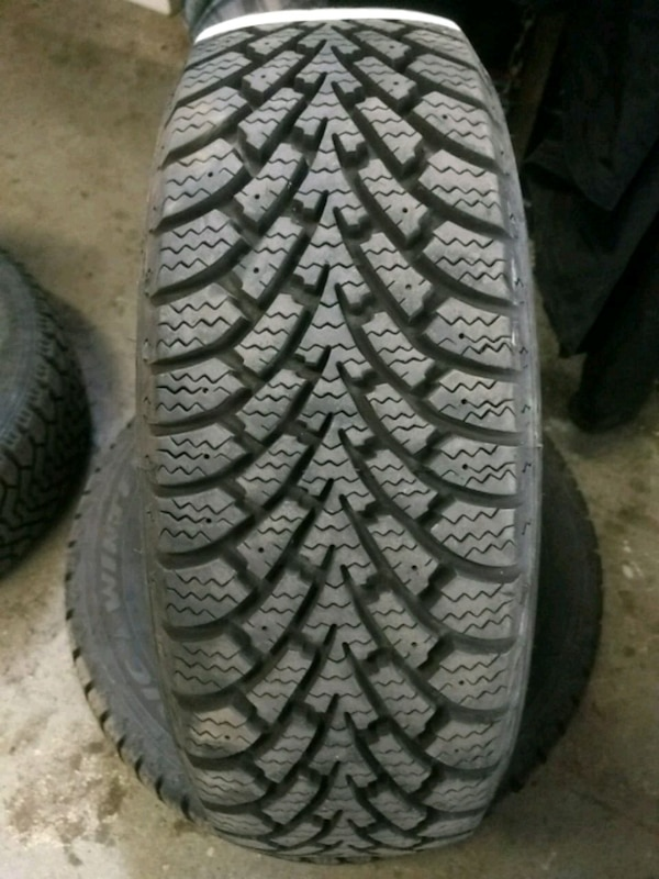 Goodyear Nordic Winter Tire >> 2 X 195 60r15 Goodyear Nordic Winter Tires