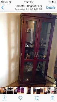 China hutch in perfect condition (no pets ) Mississauga, L5M 6Y2