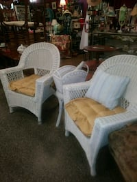 Two chairs, 1 stool and basket  Slidell, 70460