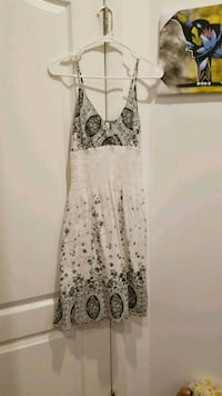 white and black floral spaghetti strap dress Brooklyn, 11205