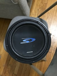 "Alpine 12"" subwoofer"