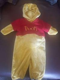 baby's Winnie The Pooh footies Fairfield