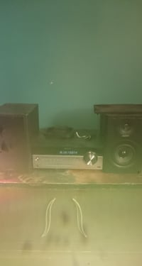 Selling Sony Stereo System 150$ OBO
