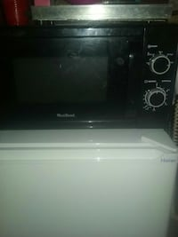 black WestBend toaster oven Springfield, 65803