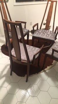 Brown wooden windsor chair with ottoman Aventura, 33180