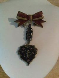 Heart with Bow Brooch Pin Orlando, 32826